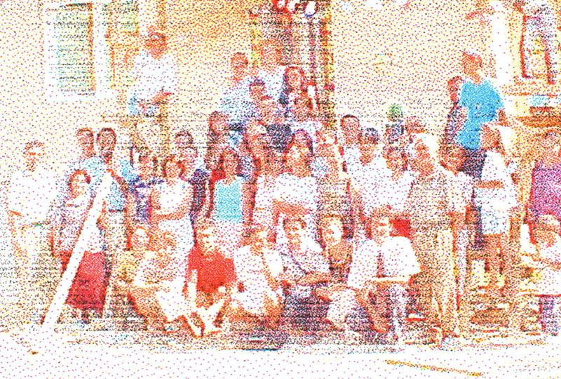 2001-Summer-Youth-Build-house